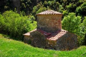 Eglise médiévale gorges du loussios