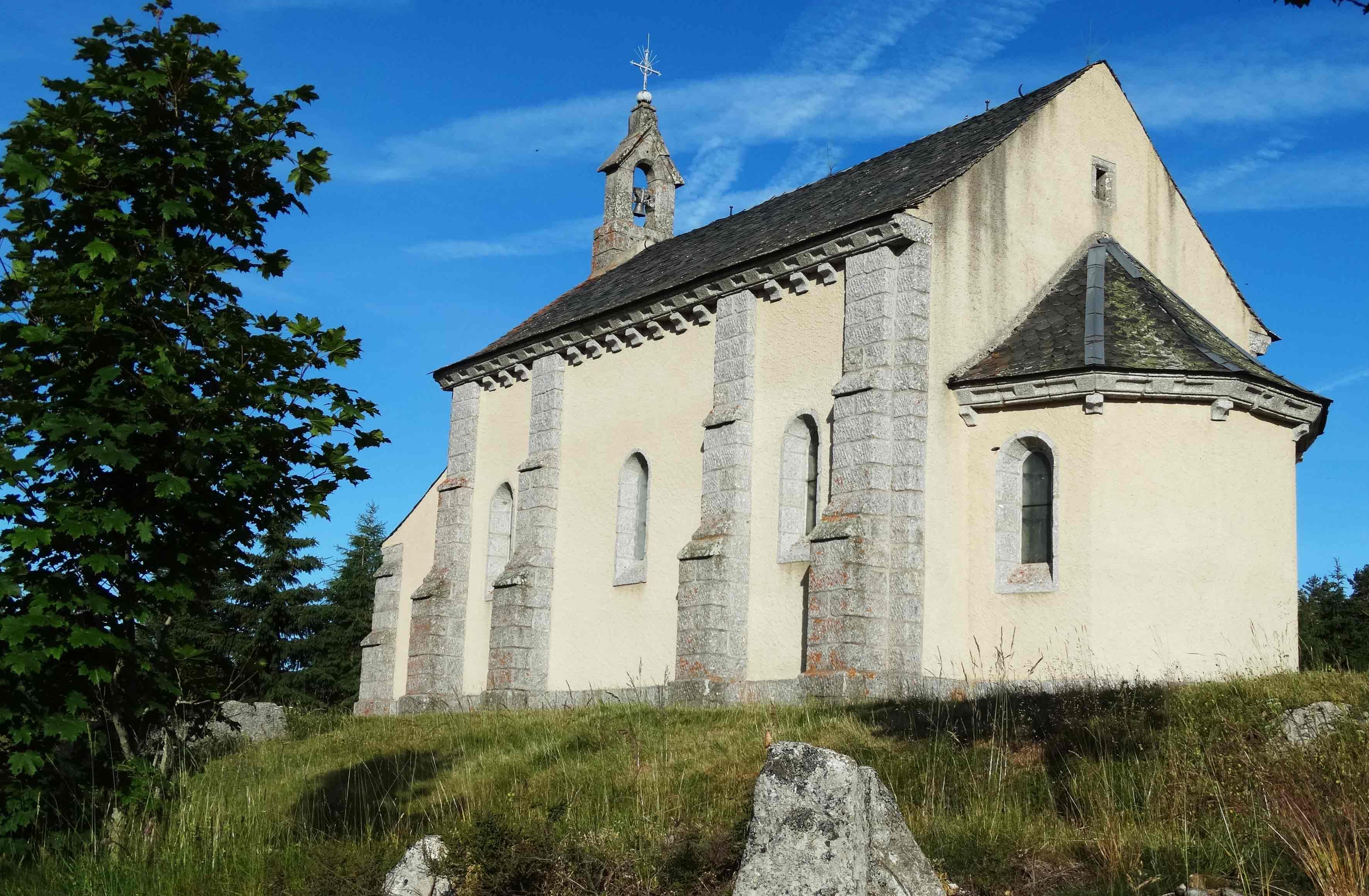 Eglise saint roch sur le chemin de compostelle unkm pied - Jardin sauvage st roch l achigan colombes ...