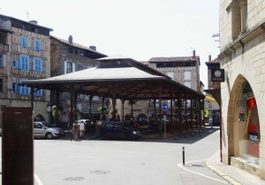 Place des Halles de Figeac