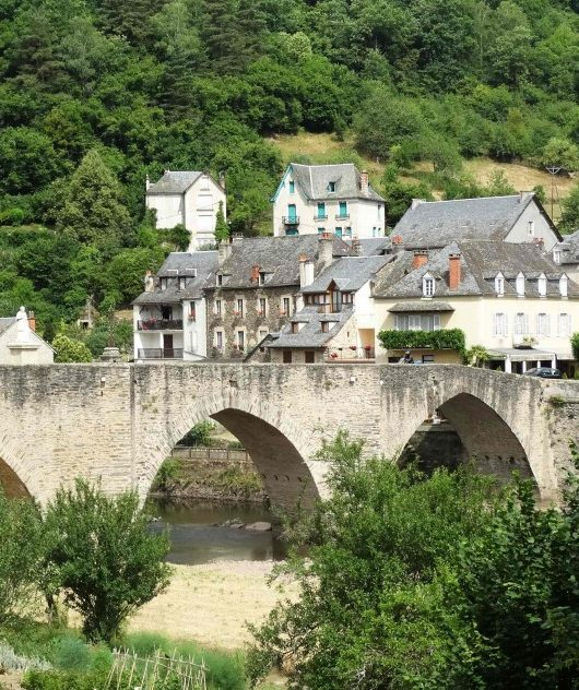 Pont sur le lot à Estaing