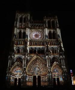 Colorisation de la cathédrale d'Amiens