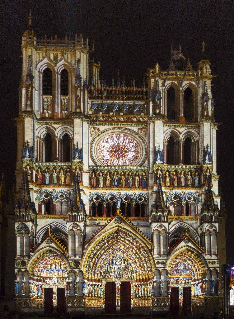 Colorisation cathédrale d'amiens