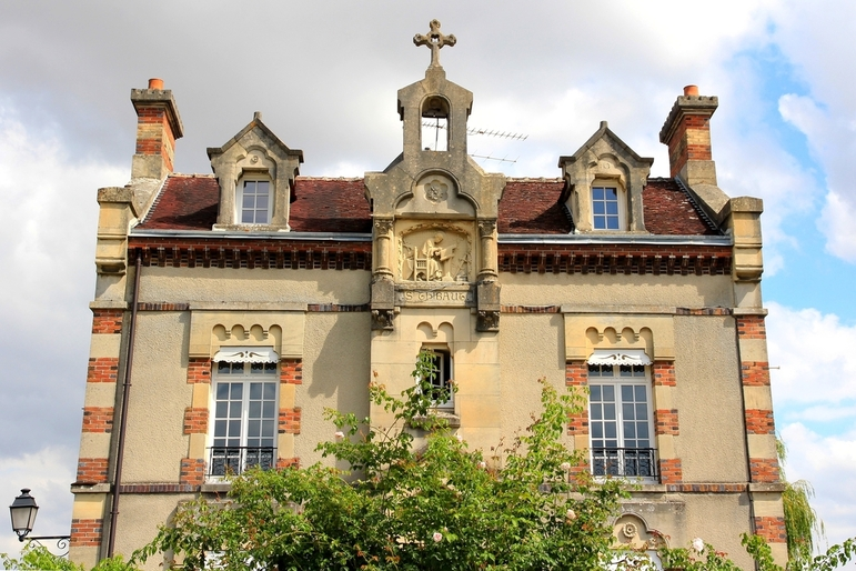 Maison siant thibault provins unkm pied for Maison provins