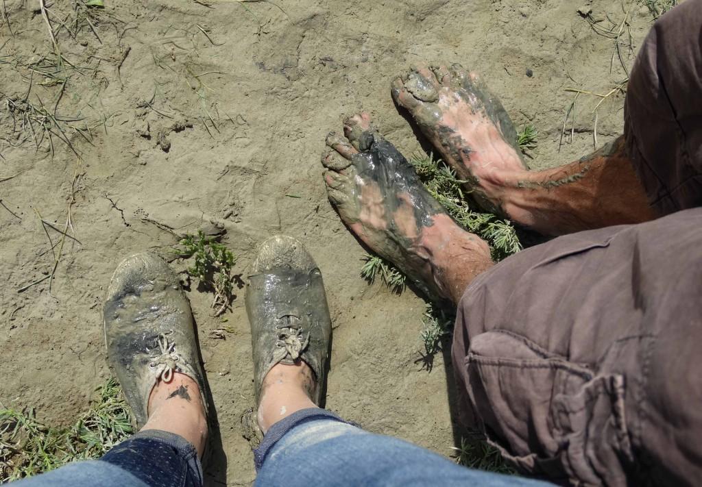 Les pieds dans la vase en Baie de Somme