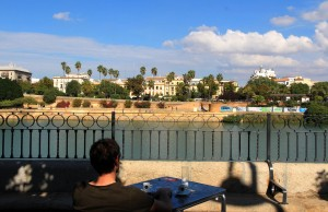 Déjeuner au bord du Guadalquivir à Séville