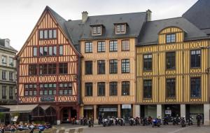 Place de la pucelle à Rouen