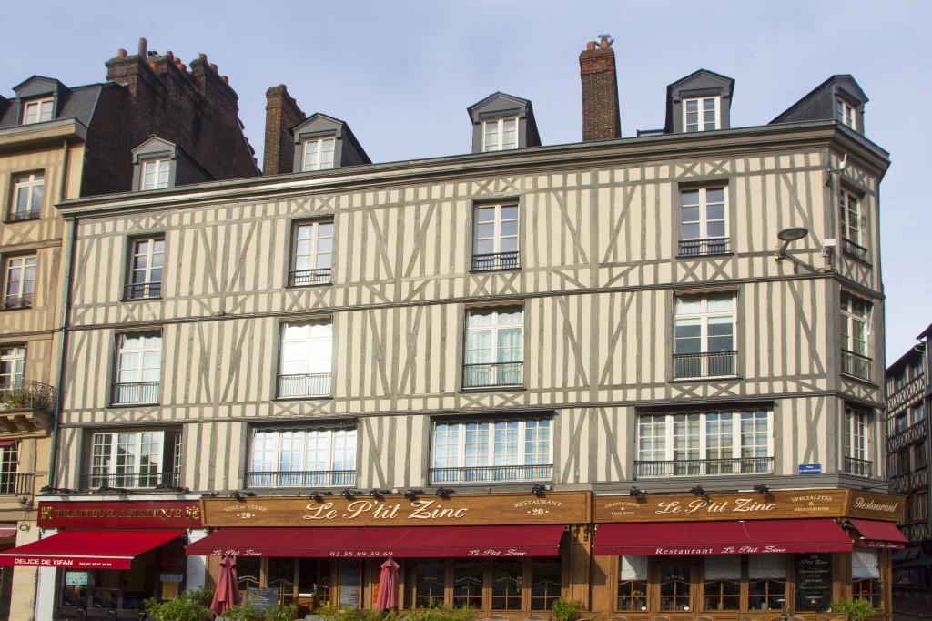 Restaurants de la place du vieux marché à Rouen