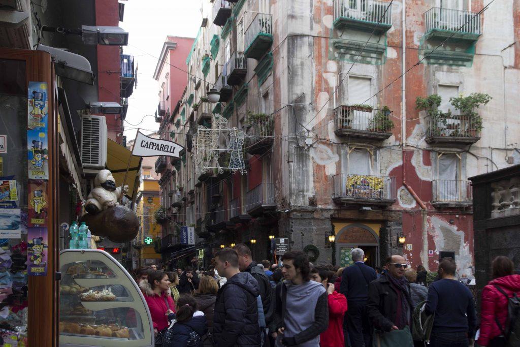 Via dei Tribunali à Naples