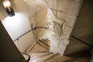 Escalier de l'Historial Jeanne d'Arc